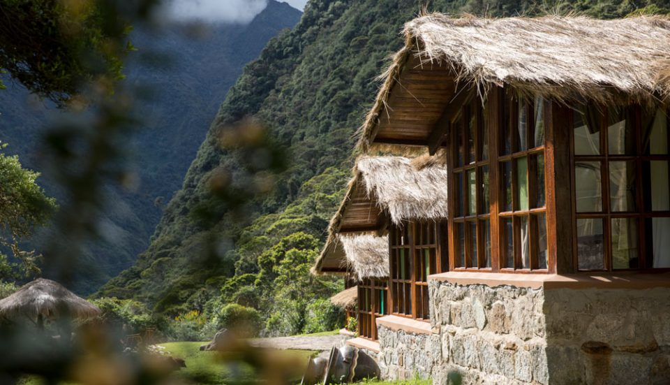 The charming thatched roofs of the Colpa Lodge